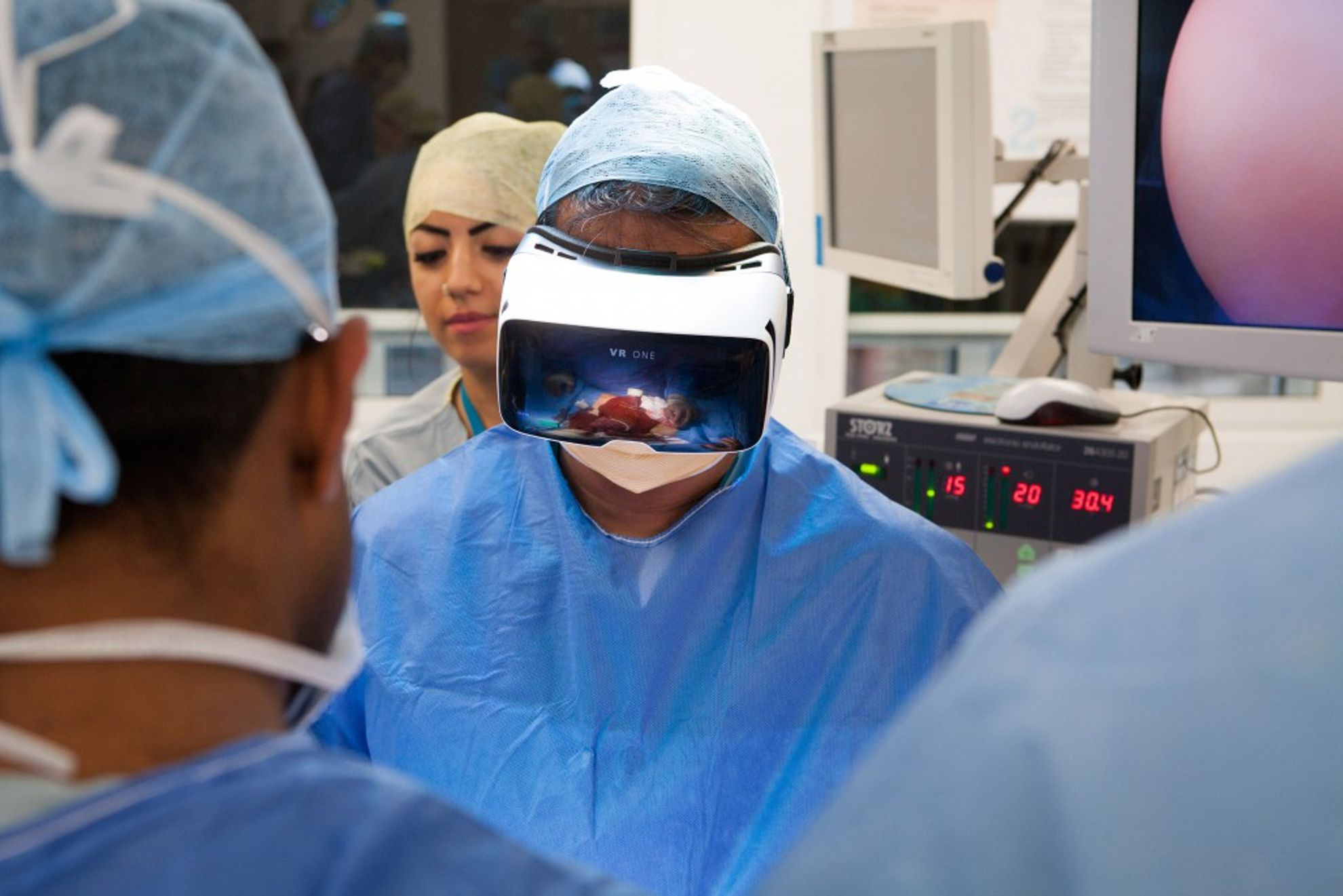 360-video-cancer-surgery